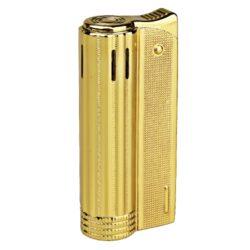 Zapalovač Faro Round Gold-Elegantní zapalovač Faro Round. Kovový retro zapalovač rakušák ve zlatém provedení a texturovaným povrchem. Po stisknutí horního krytu zapalovače se plamen zapálí. Ve spodní části zapalovače najdeme plnící ventil plynu a ovládání intenzity plamene. Zapalovač je dodáván v dárkové krabičce. Výška 6,4cm.