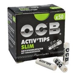 Cigaretové filtry OCB Activ Tips Slim 7mm, charcoal-Cigaretové filtry OCB Activ Tips Slim s aktivním uhlím a keramickým oboustranným zakončením. Uhlíkové filtry snižují množství přijímaného dehtu, neovlivňují chuť a dopřejí Vám suché a chladné kouření. Průměr filtru 7mm, délka 27mm. Cena uvedena za 1 balení (50 ks filtrů).