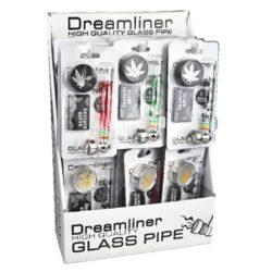 Šlukovka skleněná Dreamliner SET 9,5cm-Sada šlukovka, drtič a sítka. Obsahem praktické sady Dreamliner pro kuřáky je skleněná šlukovka s kovovým kotlíkem, dvoudílný kovový drtič na tabák s ostrýmy zuby v černé matném nebo lesklém chromovém provedení a 5x náhradní sítka do šlukovky (průměr 20 mm). Délka šlukovky 9,5 cm, průměr drtiče 3 cm, výška 1,6 cm. Ideální jako dárek pro Vaše prátelé. Sada je dodávána v blistru. Cena uvedena za 1 ks. Před odesláním objednávky uveďte číslo barevného provedení do poznámky.