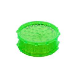 Drtič na tabák plastový Champ High 100mm, 4mix-Velký plastový drtič na tabák Champ High. Dvoudílná drtička se zásobníkem na tabák je vyrobená z tvrzeného plastu v transparentním barevném provedení s logem Champ. Víčko drtičky je uzavíratelné na magnet. Ostré a špičaté zuby ve tvaru jehlanu velmi dobře nadrtí vaší směs do potřebné hrubosti. Rozměry: průměr 107mm, výška 41mm. Před odesláním objednávky uveďte číslo barevného provedení do poznámky.  Cena je uvedena za 1 ks.  Balení - 8 ks