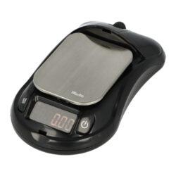 Digitální váha kapesní Woodoo Mouse 0,01-100g-Kapesní váha Woodoo Mouse. Malá digitální váha v designu počítačové myši s červeně podsvíceným displejem je vhodná nejen k vážení tabáku při výrobě vlastních cigaret, ale i k dalšímu přesnému dávkování jiných věcí. Na váze je možné vážit od 0,01g až do 100g. Praktická digitální váha je vybavena šesti vážícími módy(různé jednotky) a auto vypnutím. Kapesní váha je napájena dvěma bateriemi AAA 1,5V, které jsou součástí balení. Rozměr plochy pro vážení: 4 x 5cm. Celkový rozměr váhy: 5,9 x 10,5 x 3,5cm.
