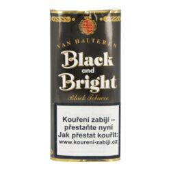 Dýmkový tabák Black and Bright, 50g/F-Dýmkový tabák Black and Bright. Tabáková směs výrazné aromatické chutě je vytvořená smícháním tmavého a světlého tabáku Virginia, okořeněná výraznějším tabákem z Orientu. Stálou chuť a vůni zajišťuje dvojnásobné fermentování tabáku. Výrazné aroma je zajištěné přírodními látkami a vanilkou. Balení pouch 50g.