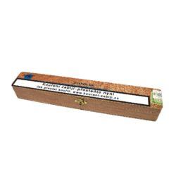 Doutník Stanislaw Jumbo, 1ks-Doutník Stanislaw Jumbo. Doutník z Dominikánské republiky je balený v dřevěné krabičce po 1 ks. Délka 245mm, průměr 24mm.  Krycí list: USA/Connecticut Vázací list: Dominikánská republika Náplň: Dominikánská republika