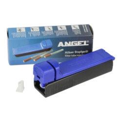 Plnička dutinek Angel, ruční-Plastová plnička cigaretových dutinek Angel - plnička cigaret. Ruční plnička v modrém provedení umožňuje plnit cigaretové dutinky jednotlivě a je určená pro plnění dutinek klasické velikosti King Size o průměru 8mm. Vyrobení vlastní cigarety je jednoduché - otevřete plničku, prostor pro tabák naplníte Vaší oblíbenou směsí, cigaretovou dutinku nasadíte na plastový hrot a přiklopíte zpět horní část plničky. Jednoduchým tahem dozadu a zpět naplníte dutinku tabákem a cigareta je hotová. V balení cigaretové plničky najdete náhradní hrot. Rozměry plničky: 12x4,1x3,1cm. Vnější průměr hrotu je 8mm.