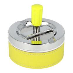 Cigaretový popelník otočný Neon žlutý, kovový-Atraktivní venkovní cigaretový popelník otočný Neon. Samozhášecí kovový popelník na cigarety ve žlutém neonovém provedení kombinovaný s chromem. Průměr popelníku 9,5 cm, celková výška 9,5 cm.