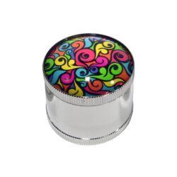 Drtič tabáku Epoxy, kovový-Kovový drtič tabáku. Trojdílný se závitem a sítkem. Rozměry drtiče tabáku: průměr 50mm, výška 45mm. Cena je uvedena za 1 ks.