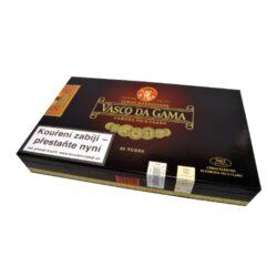 Doutníky Vasco da Gama Tubos Especiales, 25ks-Doutníky Vasco da Gama Tubos Especiales balené v hliníkové tubě. Doutníky jsou dodávány po 25 ks v dřevěné krabici. Délka 155mm, průměr 20mm.