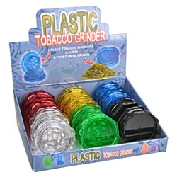 Drtič tabáku plastový, 12mix-Plastový drtič tabáku. Dvoudílný drtič bez sítka a zásobníku. Rozměry drtiče tabáku: průměr 53mm, výška 22mm. Cena je uvedená za 1 ks. Před odesláním objednávky uveďte číslo barevného provedení do poznámky.