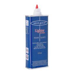 Benzín Silver Match 133ml-Benzín do benzínových zapalovačů. Objem balení 133 ml.  Rozměry: 145 (s vyklopeným hrotem) x 53 x 28mm