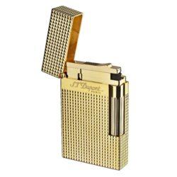 Zapalovač S.T. Dupont Ligne 2 plate care, zlatý-Luxusní plynový zapalovač S.T. Dupont Ligne 2 známé francouzské značky. Zapalovač z elegantní řady Ligne 2, pro kterou je typický a lehce identifikovatelný ping zvuk při otevření zapalovače. Dokonale zpracovaný kovový kamínkový zapalovač Dupont skvěle kombinuje funkci a elegantní vzhled. Na boku najdeme škrtací mechanismus. Ve spodní části najdeme plnící ventil plynu a ovládání intenzity plamene. Kamínek se mění v horní části zapalovače. Zapalovač je dodáván v dárkové krabičce vyložené jemným sametem. Výška 6cm. Vyrobeno ve Francii. Zapalovače S.T. Dupont nejsou při dodání naplněné plynem.