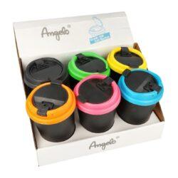 Popelník do auta Angelo-Cigaretový popelník do auta. Uzavírací plastový auto popelník na cigarety je vysoký 12,5cm. Dno popelníku má 6cm v průměru, horní průměr je 8,3cm. Cena je uvedena za 1 ks. Před odesláním objednávky uveďte číslo barevného provedení do poznámky.