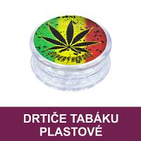 Plastové drtiče tabáku v různých designech. Dvoudílné, třídílné drtiče tabáku s Rasta motivy a magnetickým zavíráním.